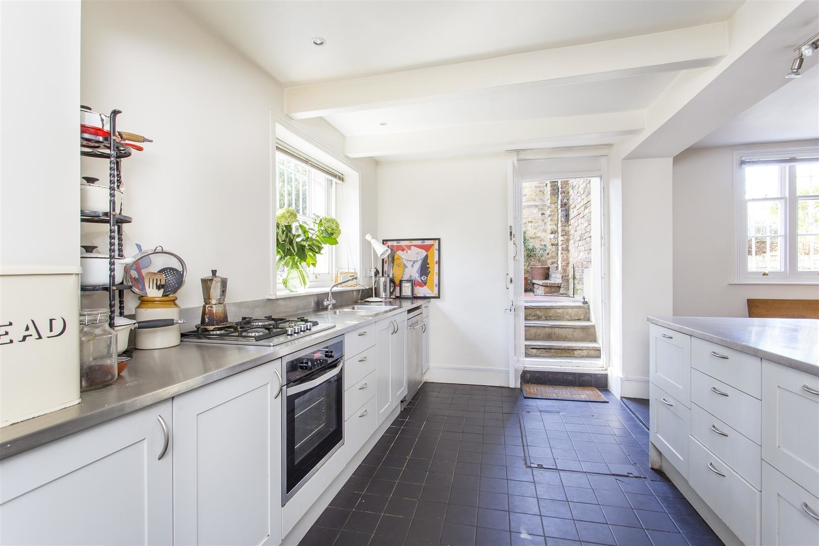 4 Bed House For Sale In Albion Road, London, N16   Location Location ...